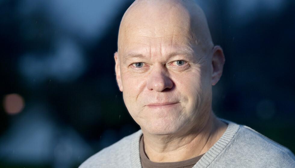 FONRØYD: Seniorrådgiver Bård Morten Johansen i Trygg Trafikk er glad det kommer flere hjelpemidler som bidrar til å redusere antall drepte og hardt skadde i trafikken. Foto: Trygg Trafikk