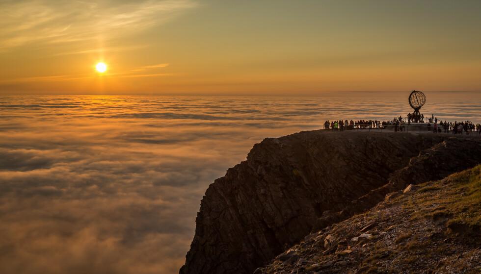 REISE TIL NORDKAPP: Det er gratis å besøke Nordkapplatået foreløpig i år. Foto: NTB Scanpix