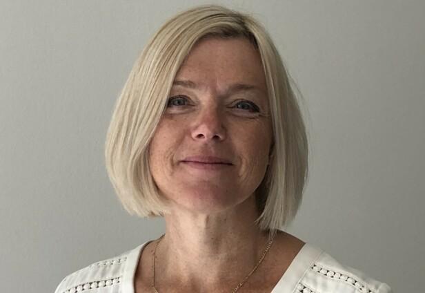 KLAR TALE: Seniorrådgiver i Statens vegvesen, Rita Helen Aarvold, mener det er helt avgjørende å ha fokus på det man skal bak rattet - nemlig kjøringen.