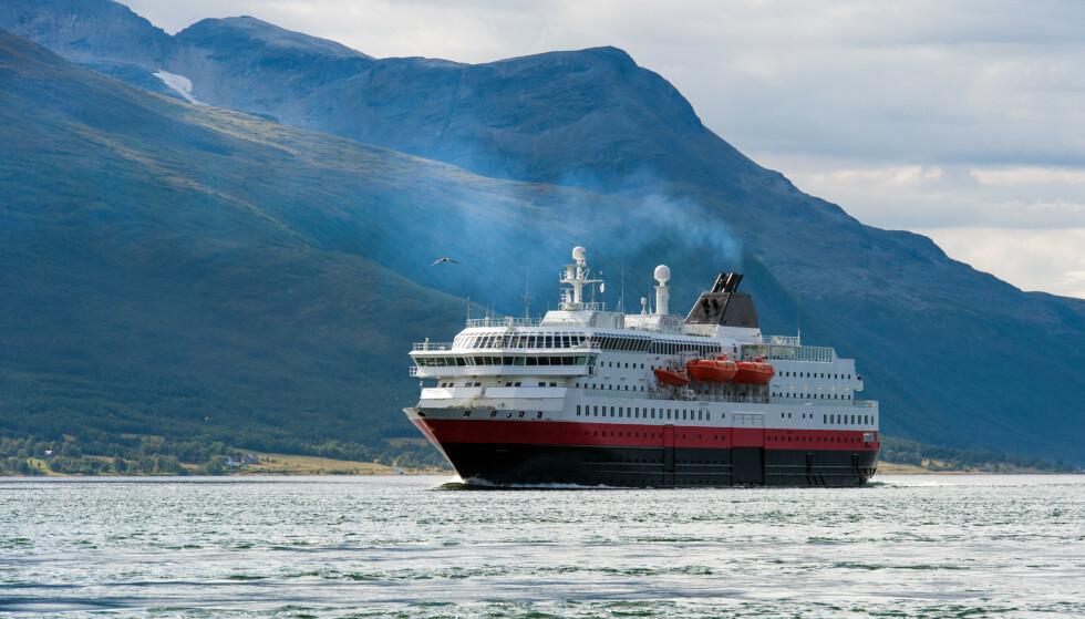 <strong>HURTIGRUTEN OG CORONA:</strong> Det blir en litt annen opplevelse å reise med Hurtigruten i sommer, grunnet Covid-19. Foto: NTB Scanpix