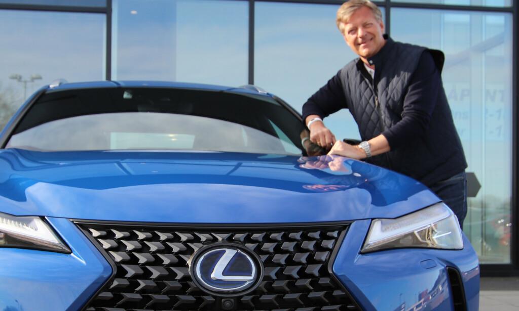 HYBRID-SJEF: Lexus er bilen som det er aller minst problemer med, ifølge den Maskinspaderapport 2020. Lexus-sjef Knut-Eik Jahnsen gir mye av æren til hybridteknologien. Foto: Lexus