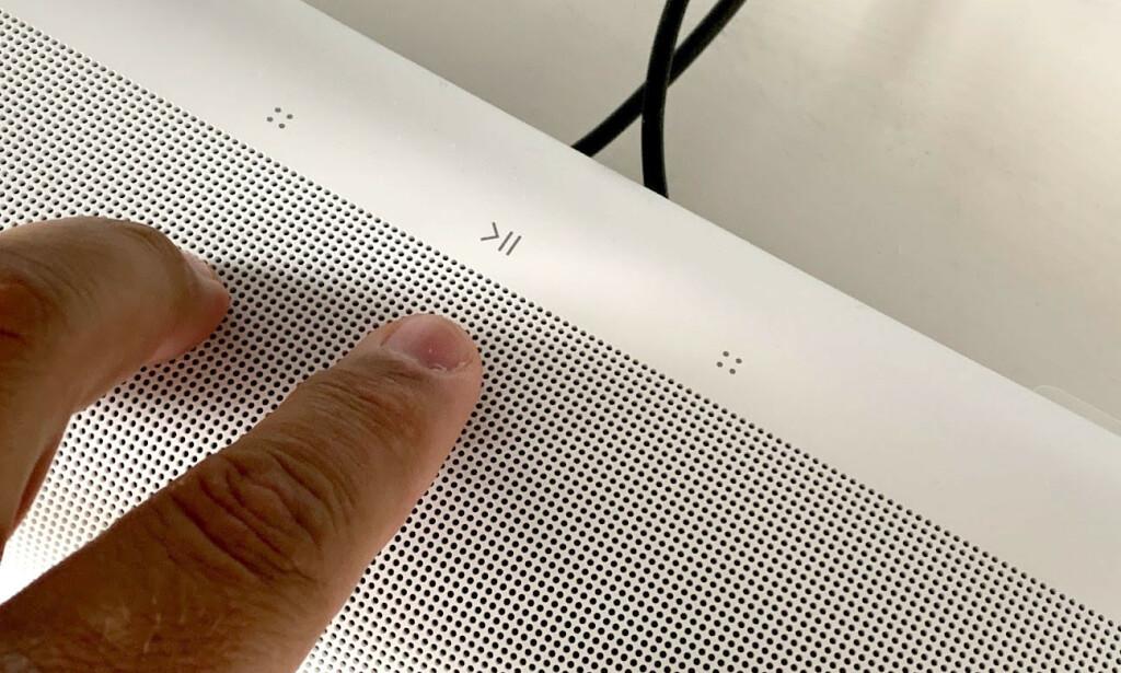 BETJENING: Du kan justere lyd og trykke start/stopp direkte på lydplanken. Foto: Bjørn Eirik Loftås