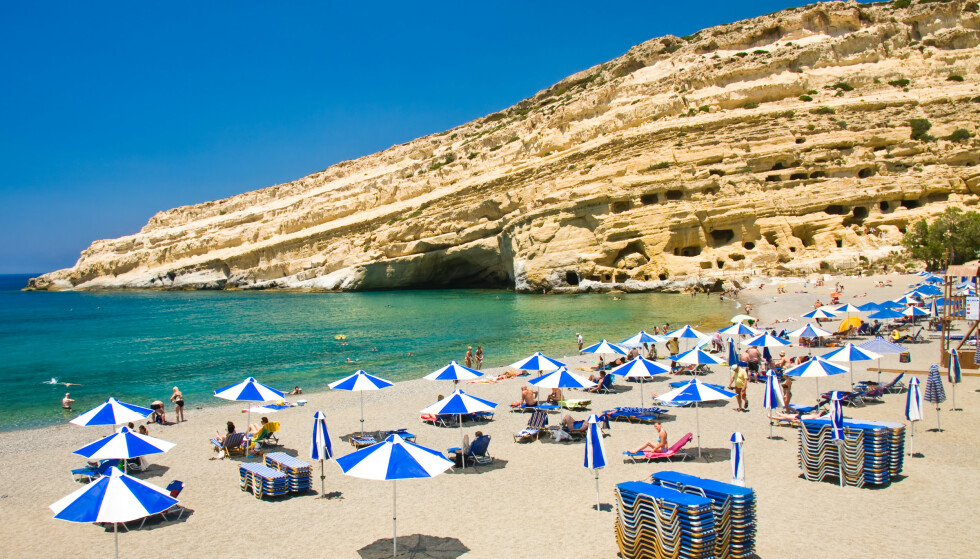 <strong>SYDEN-SAVN:</strong> Mange nordmenn savner sommerens sydentur, og dét merker reiseselskapene. Favorittdestinasjonen neste sommer er den greske øya Kreta, som du ser på bildet. Foto: Shutterstock/NTB Scanpix.