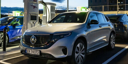 image: Mercedes på topp