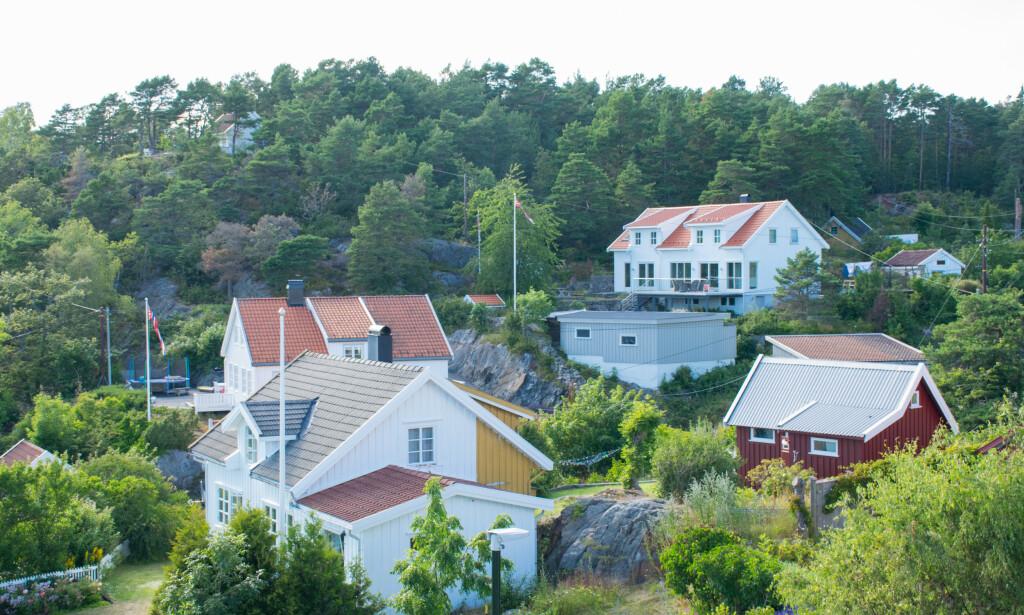 BOLIGLÅN? Norges Bank spådde boliglånsrente på 1,75 prosent i begynnelsen av mai, men fremdeles har de fleste høyere rente enn dette ifølge Finansportalen. Selv om bankene har formidlet rentekutt, er det ikke slik at dette har kommet alle kundene like mye til gode. Foto: NTB scanpix