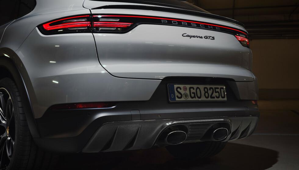 <strong>GODLYD I GTS:</strong> Cayenne GTS får tilbake V8. Coupe-modellen får disse pottene med ekstra påfyll av «godlyd». Foto: Porsche