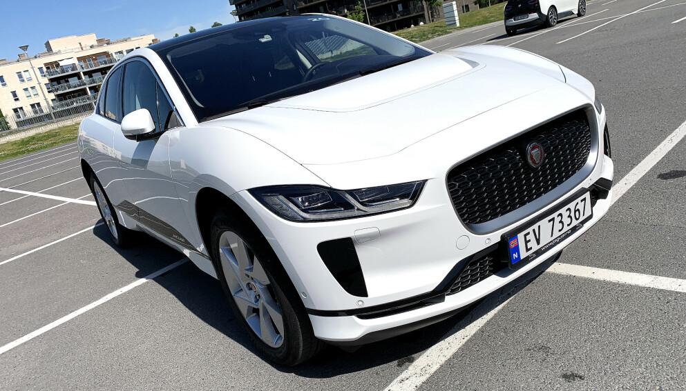 BLIR HELELEKTRISK: Fra 2025 skal Jaguar kun lage elektriske biler, som SUV-en I-Pace. Foto: Øystein B. Fossum