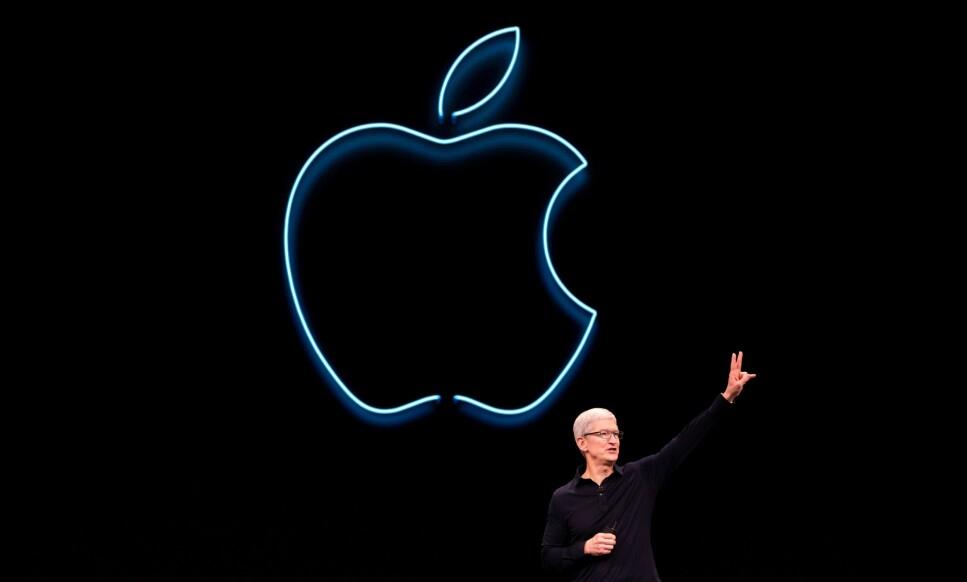 VISER FREM SISTE NYTT: I kveld skal Apple-sjef Tim Cook presentere den neste store iPhone-oppdateringen. Foto: Brittany Hosea-Small / AFP / NTB Scanpix