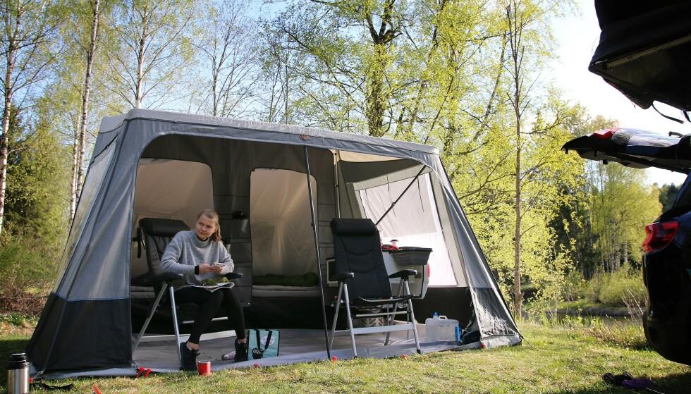 NEST DYREST: Camp-let Dream koster nesten 100.000 kroner, men gir ikke helt samme luksus som mange kanskje er vant med fra campingvogn. Foto: NAF