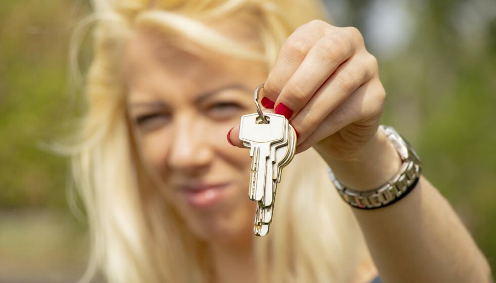LØNNSOM FERIE: Ved å leie ut leilighet, hytte, bil eller båt når du ikke bruker dette selv i sommer, kan du tjene noen kroner, kanskje til og med skattefritt. Foto: Shutterstock/NTB Scanpix.