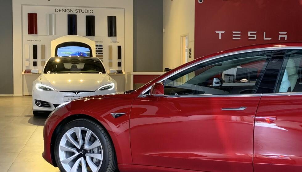 «MANGE FEIL»: Ifølge den amerikanske kvalitetsundersøkelsen til J.D. Power har Tesla-bilene suverent flest feil av alle bilmerkene på markedet. Foto: Øystein B. Fossum