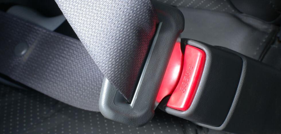 image: Nå blir det påbudt å bruke sikkerhetsbelte i traktor
