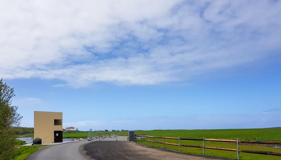 FARSTADSANDEN: Nytt trekantet toalettbygg, ny parkeringsplass og ny sti. Atlanterhavsvegen Foto: Arkeoplan