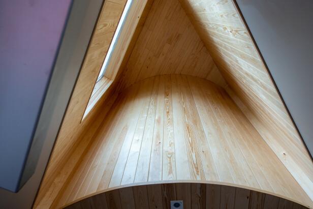 INNI: Slik ser trekantbygget ut innenfra. Foto: Lage Bakken