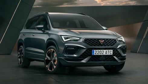 BARE BENSIN: Ateca er noe mindre enn VW Tiguan og med 300 hester, vil denne oppleves viril. Foto: Cupra