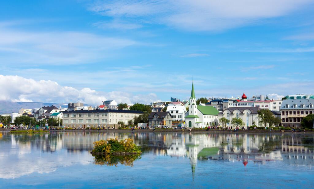 ISLAND-FERIE? Fra og med 16. juli blir det enklere for nordmenn når de skal reise inn i Island. Foto: NTB Scanpix