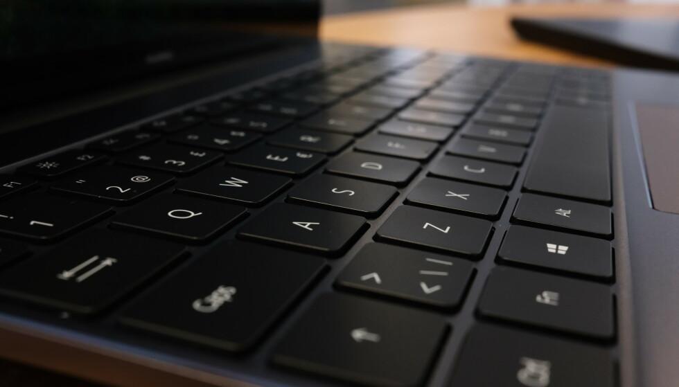 MateBook 13 har tilsvarende tastatur som forgjengeren. Foto: Martin Kynningsrud Størbu