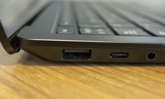 SURFACE LAPTOP 3: Både USB-A og -C. Foto: Martin Kynningsrud Størbu