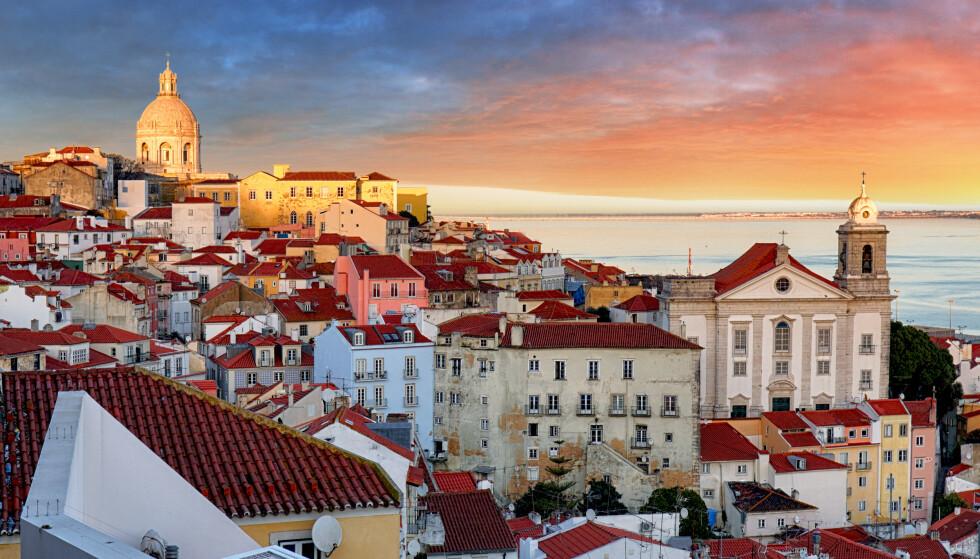 TIL PORTUGAL: Du må i innreisekarantene om du besøker Lisboa eller andre deler av Portugal i sommer - hvis du ikke er omfattet av ett av unntakene. Foto: NTB Scanpix