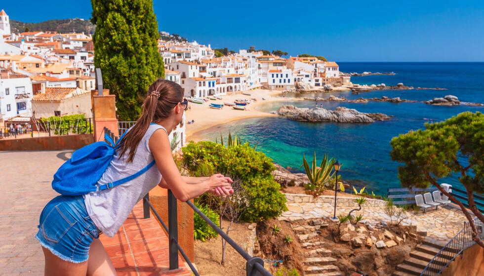 KARANTENEVARSEL: Nordmenn i Spania kan måtte belage seg på karantene etter retur til Norge. Foto: Shutterstock / NTB Scanpix