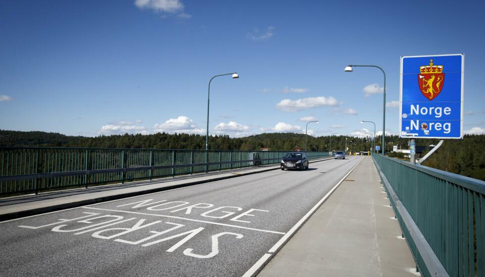 STENGTE GRENSER: Kommunestyret i Strömstad tviler på at grensen mot Norge åpnes før påske. Foto: Heiko Junge / NTB
