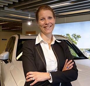 <strong>MER TRYGGHET:</strong> Malin Ekholm er leder for Volvos sikkerhetssenter. Hun er overbevist om at løsningene vil ha god innvirkning på sikkerheten i 2021-modellene fra selskapet. Foto: Volvo