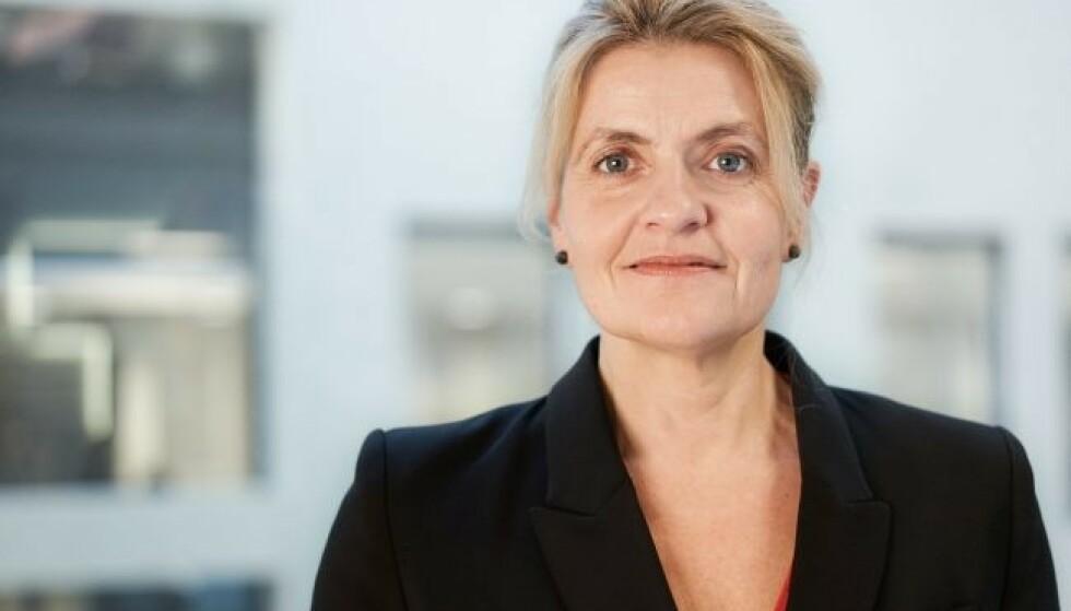 KRITISK: Forbrukerdirektør Inger Lise Blyverket frarådet strømavtalen Elkjøp og Norgesenergi tilbyr i samarbeid. Foto: Forbrukerrådet.