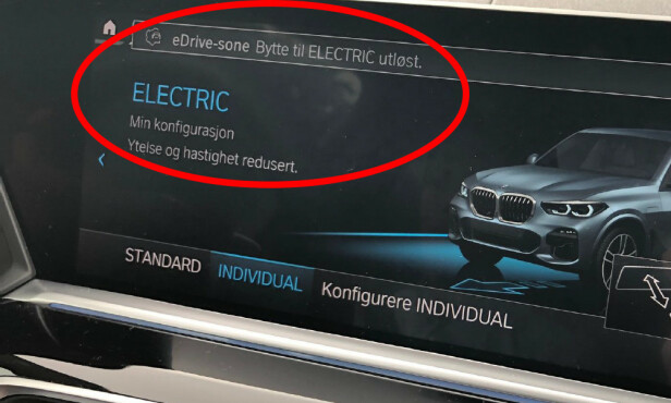 INN: Denne meldingen kommer opp på skjermen når du kjører inn i en sone. Illustrasjon: Marius Tegneby BMW