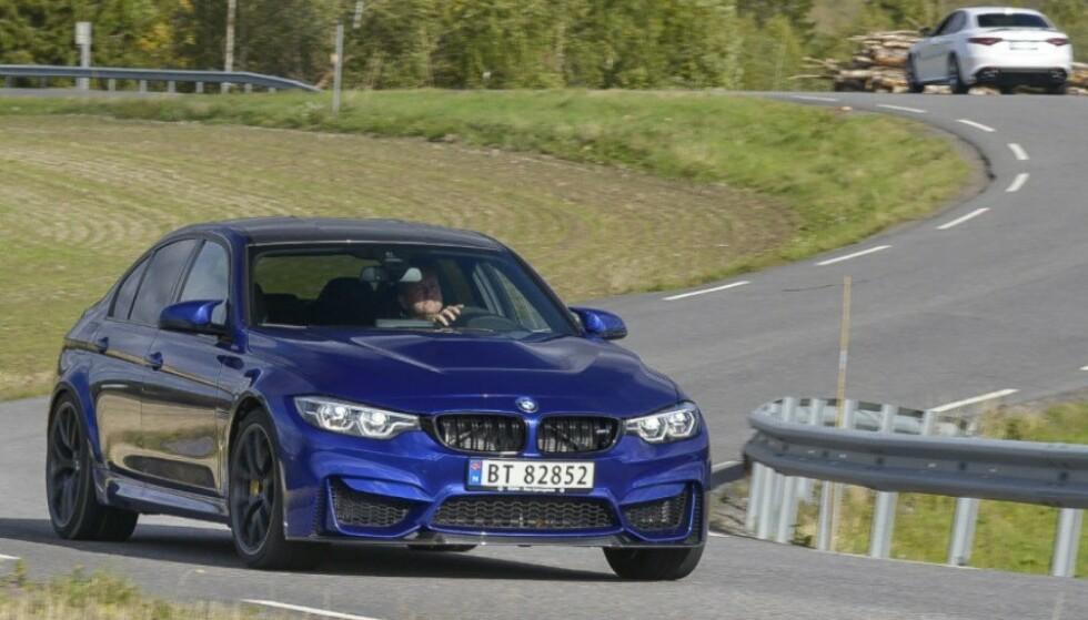 STOPPER FØRST: BMW M3 har en råsterk motor som bruker mye bensin. Etter at bensinlampa begynner å lyse klarer den bare fem mil. Foto: Jamieson Pothecary.