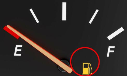 Så langt kan du kjøre når bensinlampa lyser