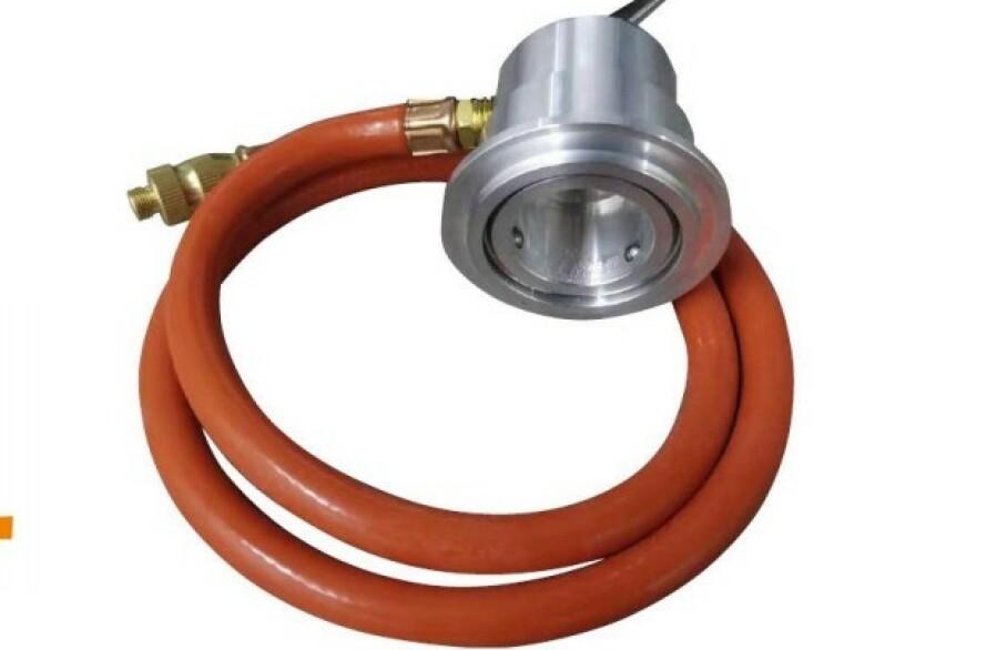 FARLIG GASSLANGE: Tilbakekalles fordi den kan revne - med det resultat at store mengder gass lekker ut og kan antenne. Foto: O-Grill
