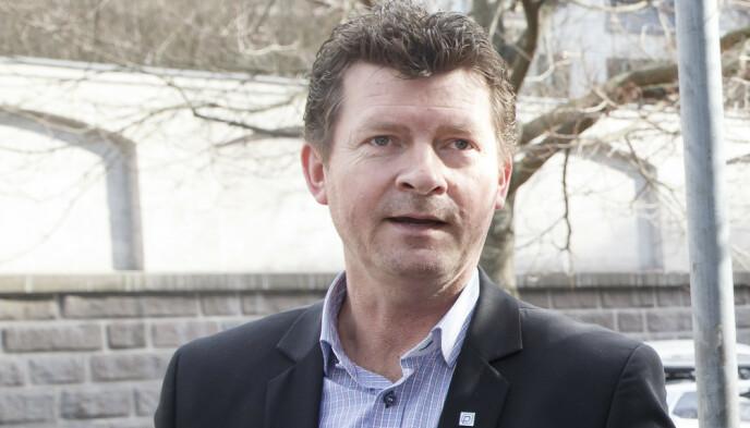 SIER IFRA: Daglig leder Lars Monsen i Norpark forklarer at etatene i størst mulig grad forsøker å varsle bileierne om borttauing på forhånd. Foto: Heiko Junge / NTB