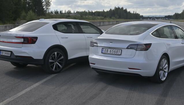 PRIS ELLER PRESTANDA: Det er lite i dagliglivet som skiller bilene fra hverandre. Foto: Rune M. Nesheim