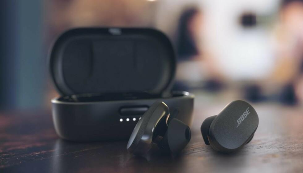 ENDELIG: Nå har Bose lansert sine første true wireless-ørepropper med aktiv støydemping. Foto: Bose