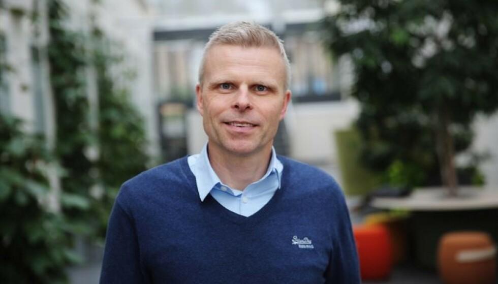 <strong>AVSLØRER:</strong> Spareøkonom Bjørn Erik Sættem forklarer ukjent skattehull. Foto: Jonas Björkhag