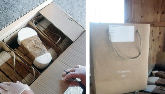 DUGNADSLEVERING: Ungdomsskoleklassen fra Toten fikk en stor levering, med kasser med sokker og skjema for å holde orden på salg. Foto: PRIVAT