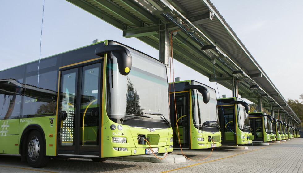 BUSSTREIK: Både bybusser, regionsruter og skoleskyssen er rammet av den pågående streiken. Foto: Paul Kleiven/NTB