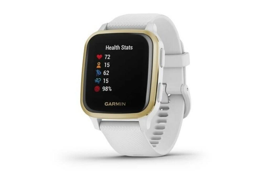 Venu Sq skiller seg ut blant Garmins andre klokker med en rektangulær skjerm. Foto: Garmin