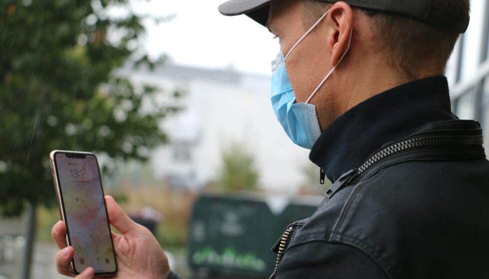 NYTT PROBLEM: Bruken av munnbind har skapt nye utfordringer hva gjelder mobilsikkerhet. Foto: Kirsti Østvang