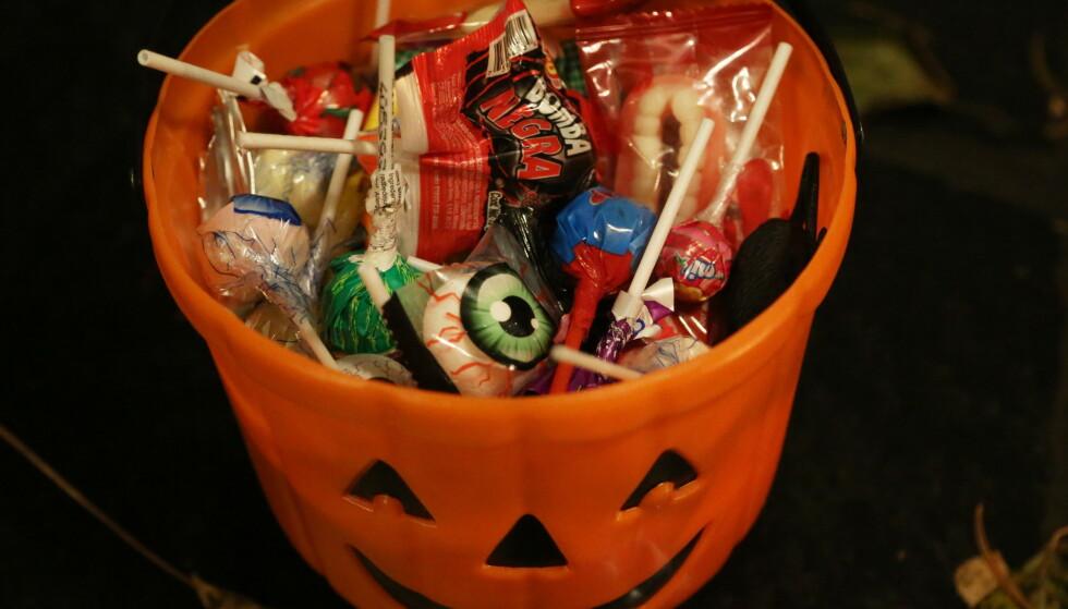 <strong>IKKE SOM FØR:</strong> Halloween bør ikke gjennomføres slik vi er vant til, råder Helsedirektoratet. Foto: Erik Johansen/NTB