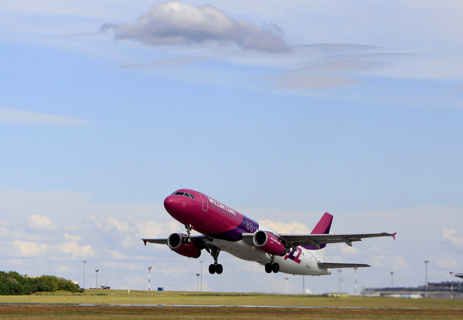 <strong>PRISKRIG I NORGE:</strong> Wizz Air starter å fly innenriks i Norge i november. Det har utløst prispress på rutene til Bergen, Trondheim og Tromsø. Foto: NTB scanpix