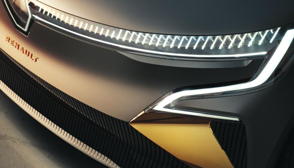 NYTT DESIGNSPRÅK: Det er svært lite på nye eMegane som minner om dagens modeller, der hele designen springer ut fra diamanten i fronten. Foto: Renault.