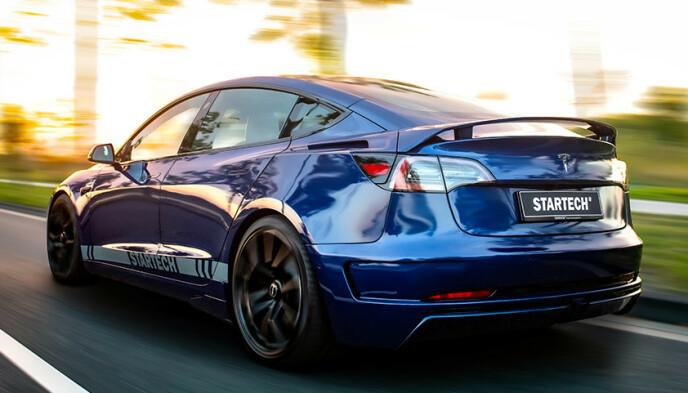 SPORTY: Startech gjør at bilen endelig ser så sporty ut som den faktisk er. Foto: Startech