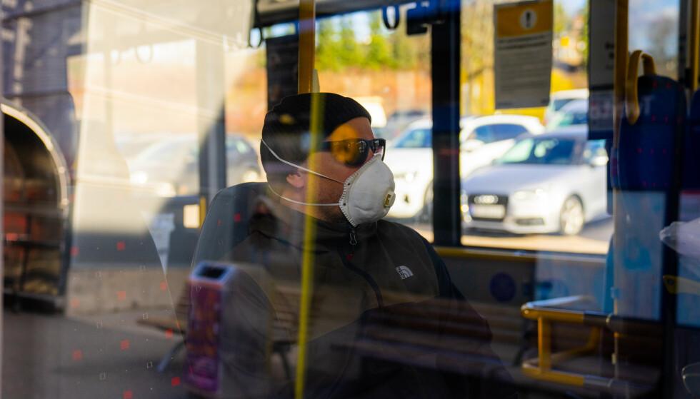 SMITTELISTE: FHI har registrert flere smittetilfeller på offentlig transport den siste uka. Foto: Thomas Brun/NTB