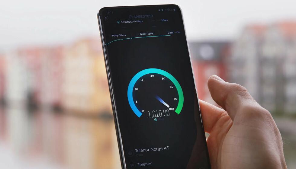 SUPERHASTIGHETER: Til å begynne med vil 5G tidoble hastighetene vi er vant med fra 4G-nettet, ifølge Telenor. Foto: Telenor