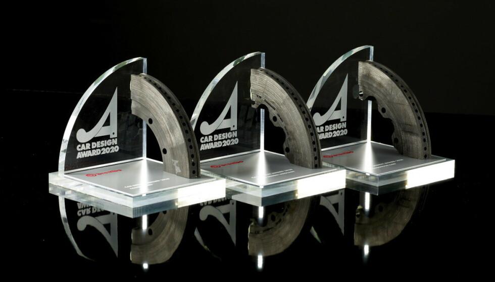 TRE PRISER: Auto & Design deler ut tre priser for verdens beste bildesign hvert år - én til en produksjonsbil, én til en konseptbil og én for beste desingspråk.