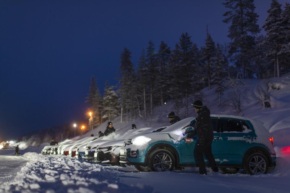 GOD VARME: God og rask varme er viktig først og fremst for en komfortabel start på vinterdagen, men raskt is- og duggfrie ruter er også viktig for sikkerheten. Foto: Anton Reenpaa