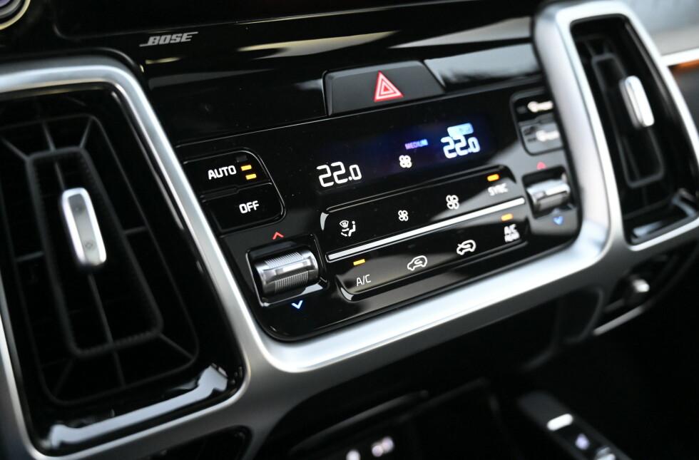 KNAPPER: Kia har tviholdt på knappesystemet sitt. Foto: Rune M. Nesheim