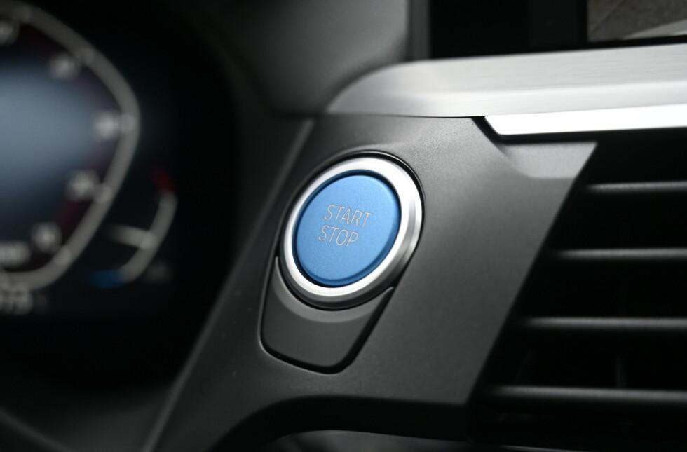 START: Trykk på blått for en grønn fremtid, med merkelig elektrisk motorlyd. Foto: Rune M. Nesheim