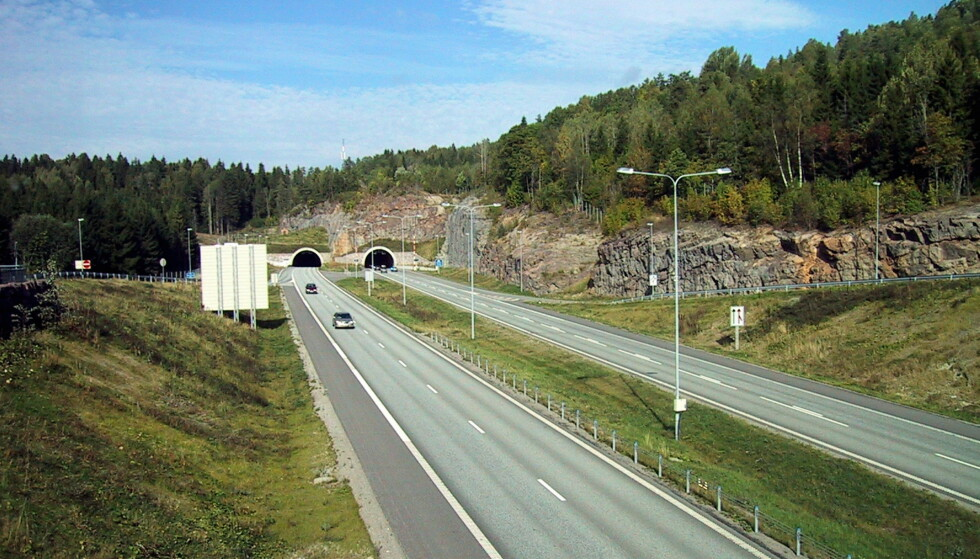 FIREFELTS MOTORVEI: Regjeringen åpner for å bygge smalere motorveier med fire felt. Foto: Vidar Knai / NTB (FRB)